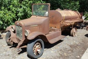1928 International Harvester 6 Speed Special 1 Ton Photo