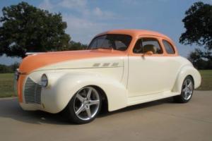 1940 Pontiac Hot Rod