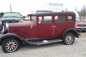1928 REO Flying Cloud Sedan