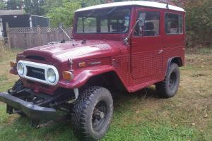 Toyota: Land Cruiser fj40 Photo