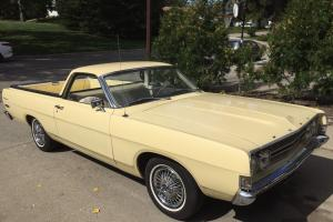 Ford: Ranchero DELUXE