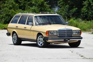 1982 Mercedes-Benz 300-Series 300TD 4dr Turbodiesel Wagon