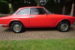ALFA ROMEO GT 1750 VELOCE '69 RARE SERIES 1 SOLID,PRESENTS WELL & V.USABLE RHD