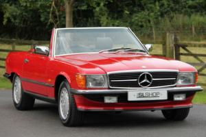 Mercedes-Benz R 107 300 SL (1987) Signal Red with Black Sports Check