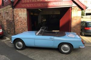 MGB ROADSTER 1965 PULL HANDLE £8,500