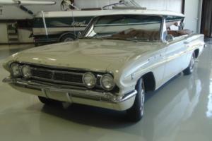 1962 Buick Skylark Photo