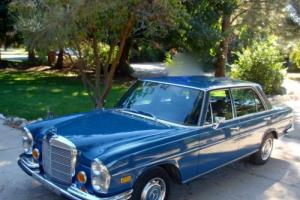 1972 Mercedes-Benz 200-Series W108