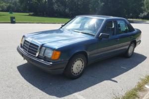 1987 Mercedes-Benz 300-Series
