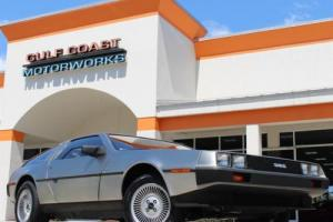1982 DeLorean Photo