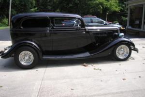 1934 Ford Other two door sedan Photo