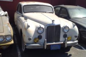 1960 Jaguar Mk IX