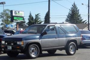 1989 Nissan Pathfinder SE