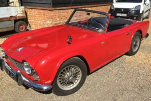 TRIUMPH TR4 1963 LHD RED EXCELLENT CONDITION CLASSIC FUEL INJECTION UPGRADE