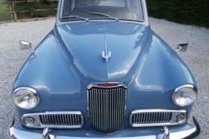 Humber Hawk MK6 ( restored, rare and lovely ) Photo
