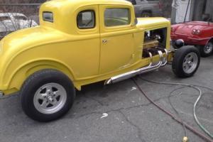 "1932 Ford Other American Graffiti w 2"" chop"