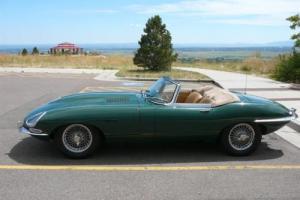 1965 Jaguar E-Type Photo