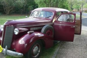 Collectors Motor Vehicle 1937 Buick 6 Wheel Factory Special in NSW