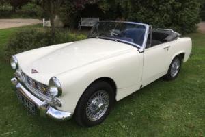 1965 Austin Healey Sprite, Classic Car Convertible, Sports Car Old English White