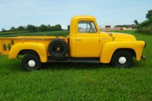 1957 International Harvester S-110