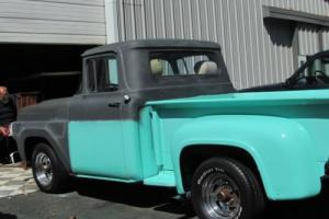 1957 Ford F-100