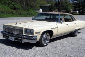 1976 Buick Electra Park Avenue Photo