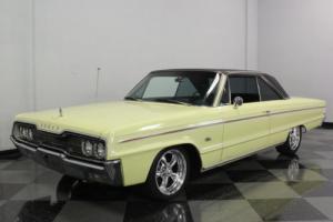 1966 Dodge Polara Photo