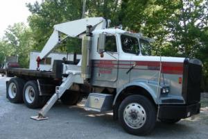Crane Truck, Freightliner Photo