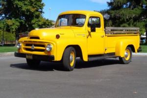 1954 International Harvester R-112