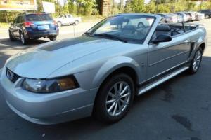 2003 Ford Mustang 2-Door Convertible