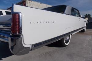 1964 Buick Electra Photo