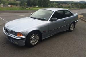 1993 BMW 320 I BLUE