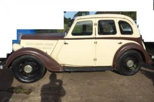 Morris 10 Pre-War Saloon to restore V5C 1939 Photo