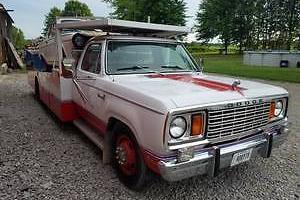 1977 Dodge D300 hodges Hauler
