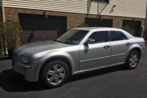 2005 Chrysler 300 TOURING AWD