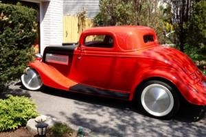 1934 Ford 3 window Photo
