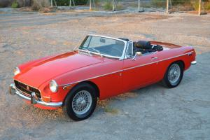 1972 MG MGB (Red) Photo