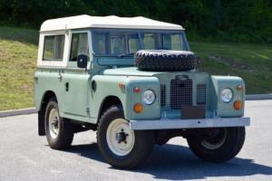 1970 Land Rover Defender Photo