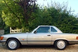 1989/F - Mercedes 300SL R107 Convertible. 95k, FSH, outstanding. 420SL 500SL