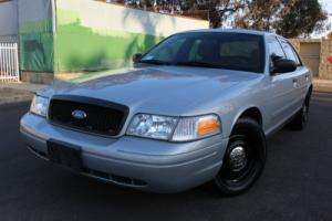 2010 Ford Crown Victoria Photo