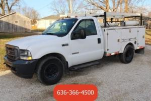2004 Ford F-350 XL Photo