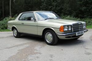 1978 Mercedes-Benz W123 230C