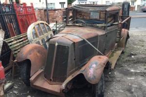 Renault pickup vintage restoration project rat rod rusty relic barnfind Photo