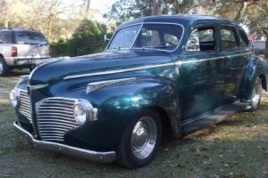 1941 Ford Dodge Luxury Liner 4 dr