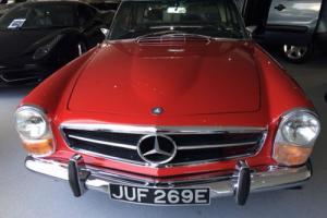 1968 Mercedes 230SL Pagoda Photo
