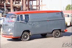 VOLKSWAGEN T2 Bay Window Panel/ Camper / van 1972 retro classic