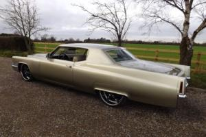 1970 CADILLAC COUPE DE VILLE Photo