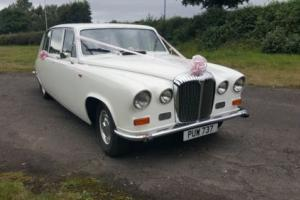 DAIMLER DS420 LIMOUSINE WEDDING CAR