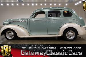1937 Chrysler Royal Photo