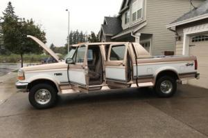 1997 Ford F-250  XLT CREW CAB 4X4 SHORT BED LOW MILES