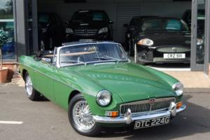 1968 MGB ROADSTER GREEN